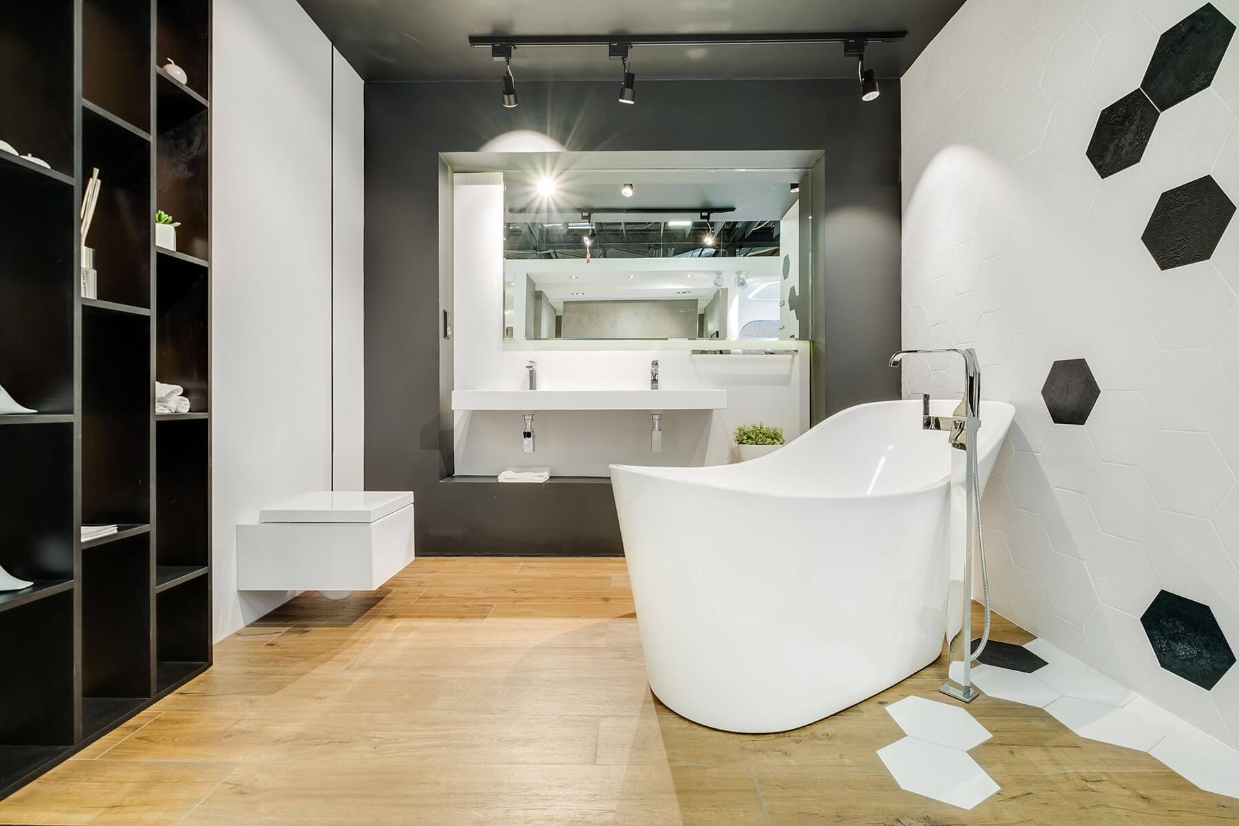 Wanna Wolnostojąca W Luksusowej łazience Exclusivedesignpl